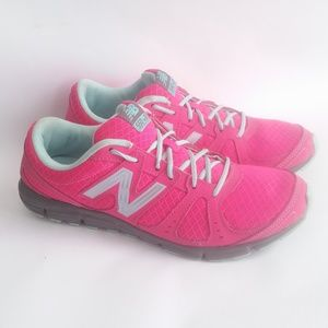 Ladies New Balance Pink Sneakers Womens Size 8.5